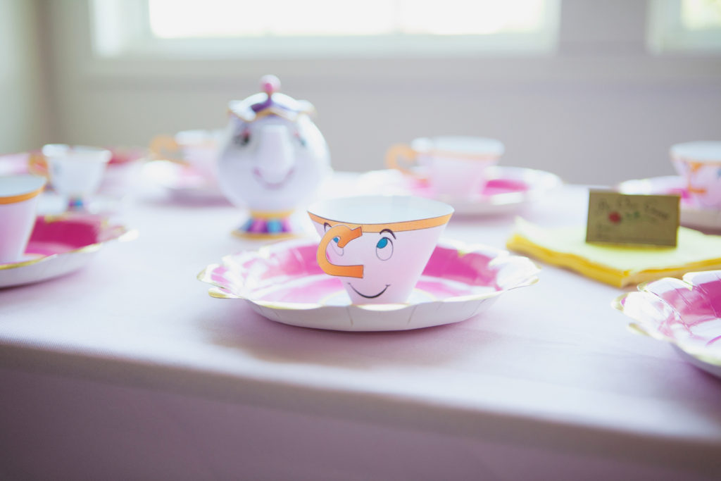 princess party decor chip teacup