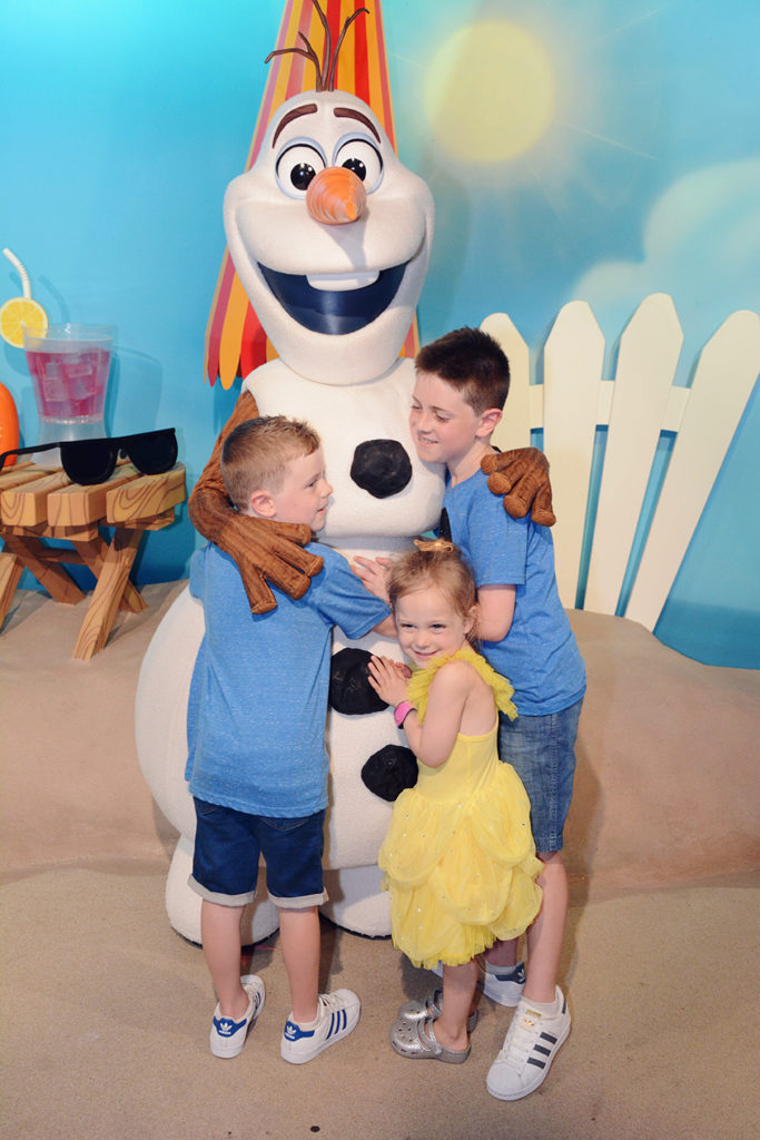 warm hugs from Olaf at Hollywood Studios